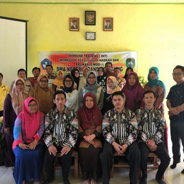 Kegiatan In House Training (IHT) Workshop Penyusunan Naskah dan Aplikasi E Modul